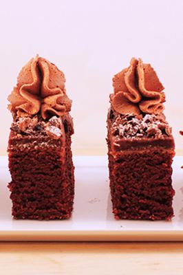 langpanne sjokoladekake med sjokoladekrem