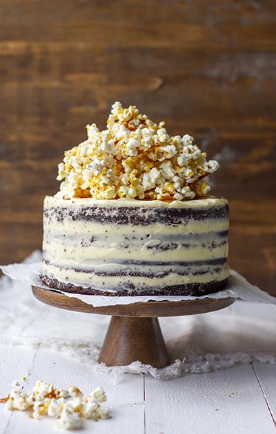 Sjokoladekake med ostekrem og karamell